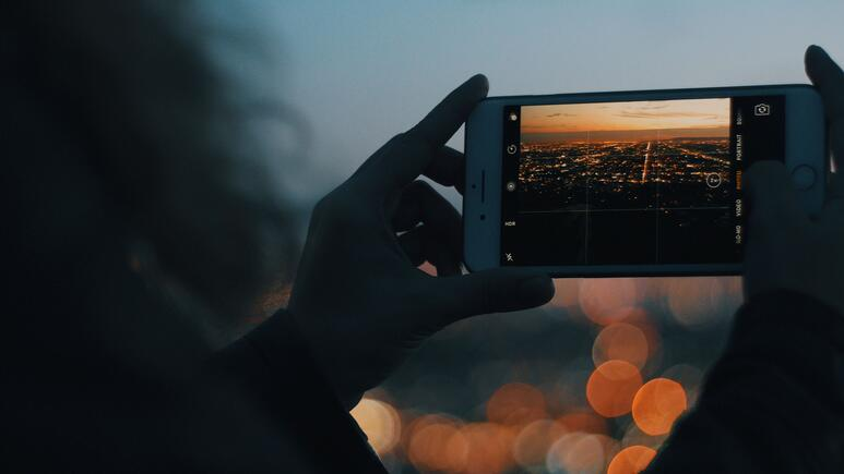 images social media - by jakub-gorajek